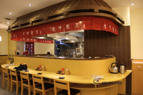Shanghai noodle shop decoration case fujin ramen for Fast food decoration